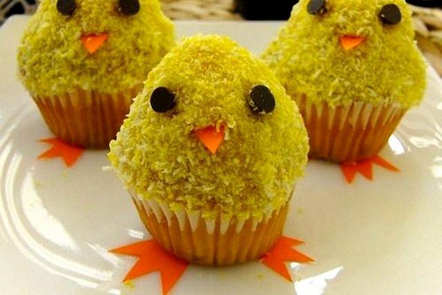 Cupcakes de Pascua en forma de pollitos.  Recetas para niños