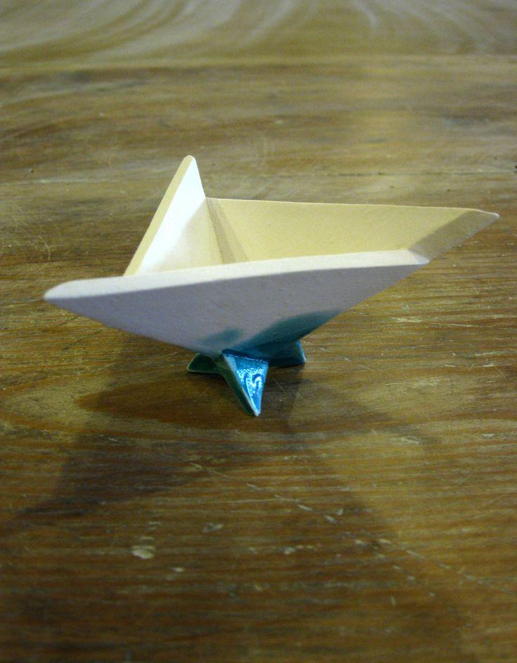 three-toed prototype 02 by Anikó Udvari