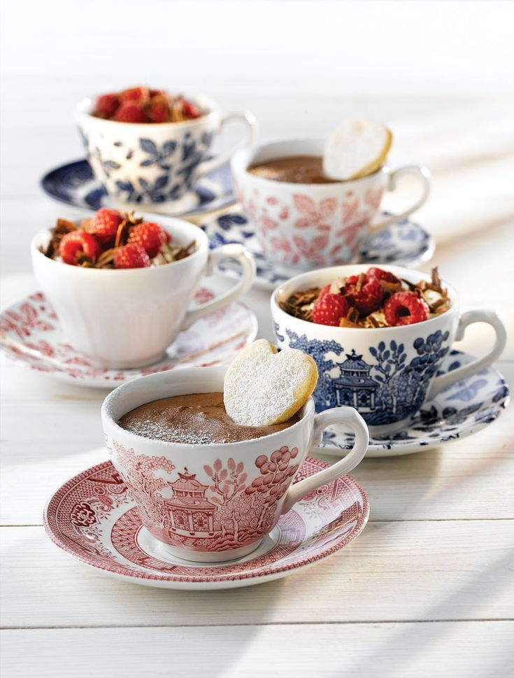Churchill Vintage Teacups and Saucers are a stylish way to serve Tea, Coffee and Desserts! See the full range here at http://www.mklimited.com/restaurant-banqueting/crockery-china/churchill-crockery/churchill-vintage-prints/results,31-30.html
