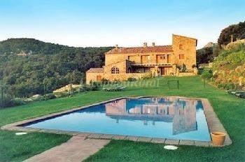 Casa Quera, apart. rural Alt Emporda, sencillo pero rodeado de un precioso entorno. Ideal escapada con niños.