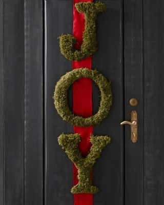 1590 best christmas wreaths images on pinterest for Alphabet christmas wreath