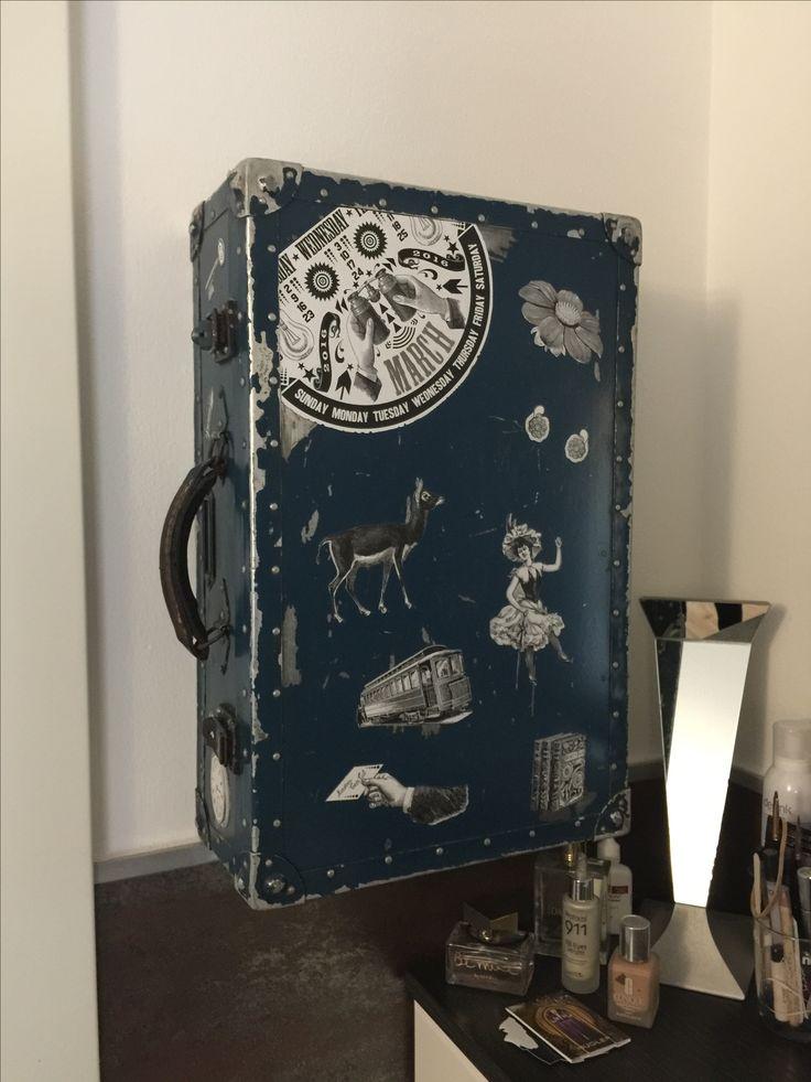 Portagioie ricavato da una veccia valigia di alluminio degli anni 50