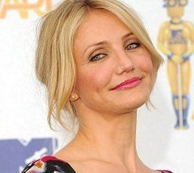 Cameron Diaz--Five Days younger than me. Birthday August 30, 1972.
