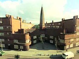 Bestand:Wijken van Neerlands hoofdstad in de stijl van de Amsterdamse School Weeknummer 76-05 - Open Beelden - 32317.ogv