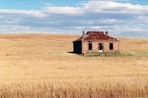 Abandoned house near Burra, South Australia