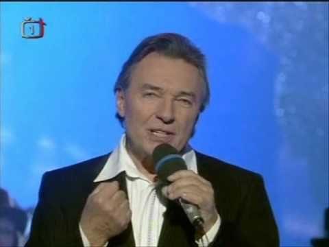 Karel Gott - Má první láska se dnes vdává - YouTube