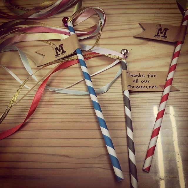 リボンワンズでウェディングを演出♡可愛いリボンの杖をDIY♩にて紹介している画像