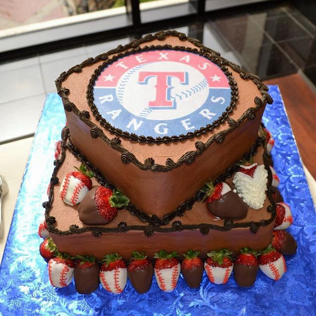 ccscakery | Texas Rangers baseball grooms cake