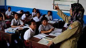 Guru Pejuang Pembentuk Karakter Bangsa