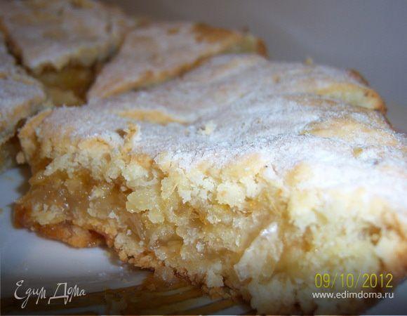 Лимонный пирог. Ингредиенты: сливочное масло, сахар, сода