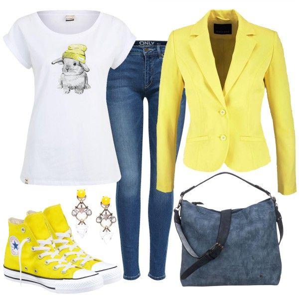 Das farbenfrohe Outfit weckt die Freude auf den Frühling. Der Blazer von Melrose und die Chucks sind im leuchtenden Gelb. Die Mütze des Hasens ist ebenso in Gelb und ergänzt den Look schön.Weitere inspirierende Outfitkombinationen findest duunterOutfits & Styles