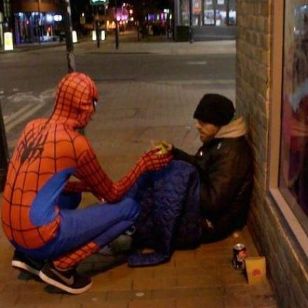 Humanity speaks louder than words...A 20-year-old bartender puts on a Spider-Man suit and roams the roads of Birmingham, after his shift. The do-gooder, who wishes to keep his identity hidden, buys sandwiches with his own money and offers it to homeless people. This kind man has been a volunteer for years, but he became Spiderman just a few months ago...
