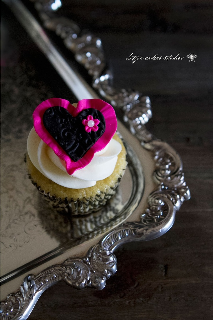 {ditzie cakes}: February 2013