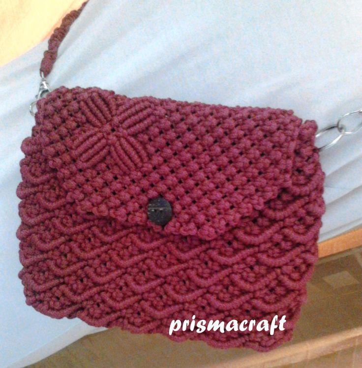 sling bag macrame motif : fish scales