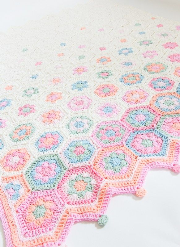 Hexagon Baby Blanket, Free Crochet Pattern from Jip by Jan with Diagram and Photo Tutorial of Join.