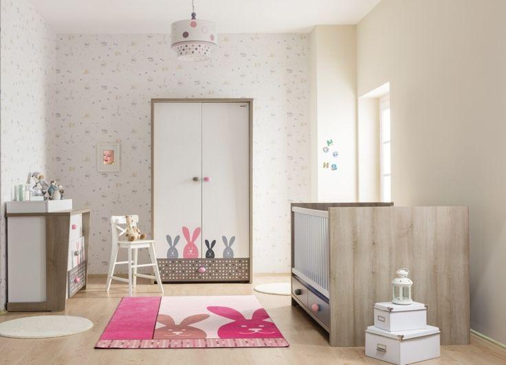 süßes Babyzimmer in rosa mit Hasen-Mustern einrichten