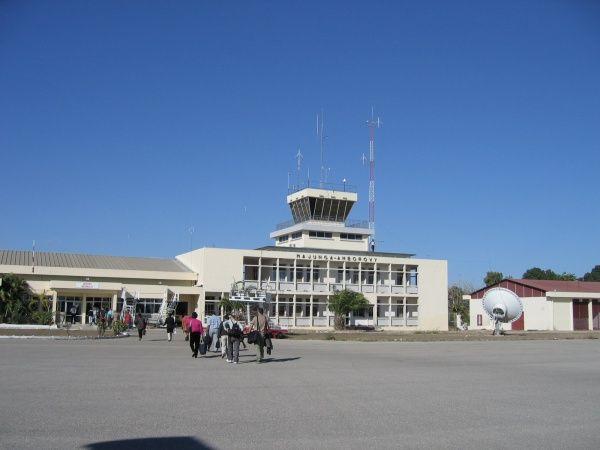 Amborovy Airport 001.jpg