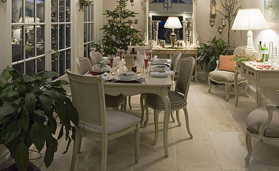 French White A busier/more homely conservatory look, more like an inside room.  Carpets, mirrors, table setting etc