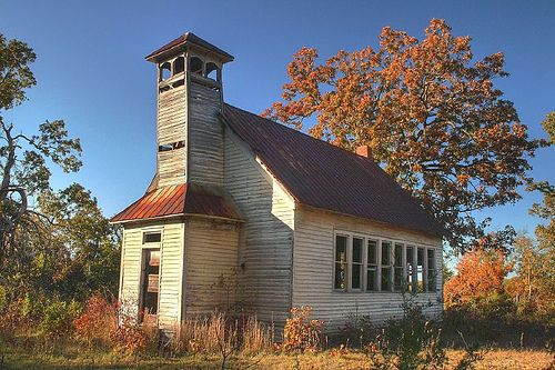 Abandoned one room school house missouri abandoned pinterest missouri house and old - The house in the abandoned school ...