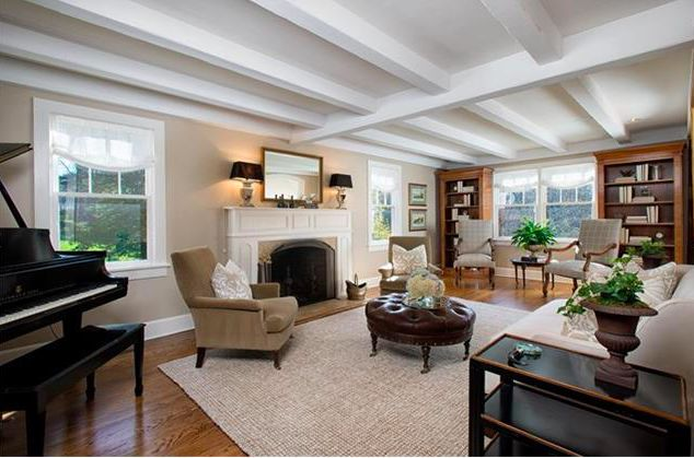 Picturesque and fully renovated vintage home with seasonal water views on 2.5 acres on premier New Canaan street. Magnificent architectural details and quality finishes from every angle. For a private showing, please contact Rachel Walsh at rwalsh@wpsir.com.  http://rachelwalshhomes.com/homes-for-sale-details/346-Dans-Highway-NEW-CANAAN-CT-06840/99141727/20/
