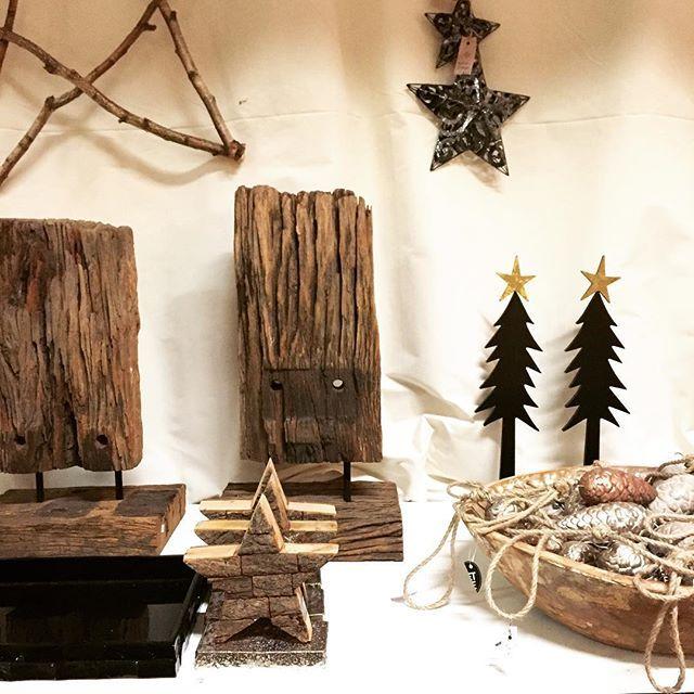 Onze kerstwinkel is afgelopen zondag geopend en het is zeker de moeite waard om een kijkje te nemen! #viacannella #cuijk #kerst #christmas #kerstwinkel #kerstshoppen #hohoho #kerstboom #happychristmas #ster #kerstbal #sneeuw #woonwinkel #viacannellacuijk