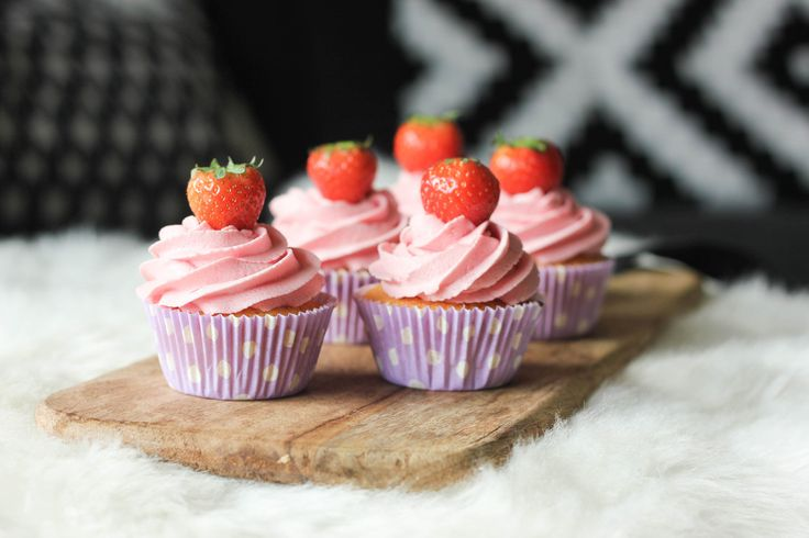 Aardbeien Botercrème | Baking Lou