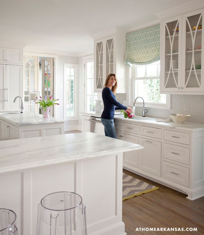 22 White Kitchens That Rock: 25+ Best Ideas About Glass Cabinets On Pinterest