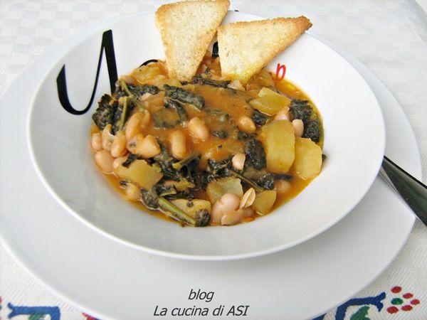MINESTRA CON CAVOLO NERO, CANNELLINI E PATATE ricetta di conforto