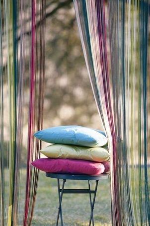 Rainbow Portière en fils.  Finition foureau de 12 cm.    Nos rideaux fils sont d'une qualité irréprochable.