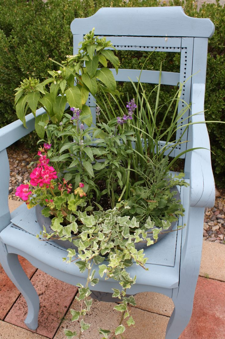 diy - turn an old chair into a planter.