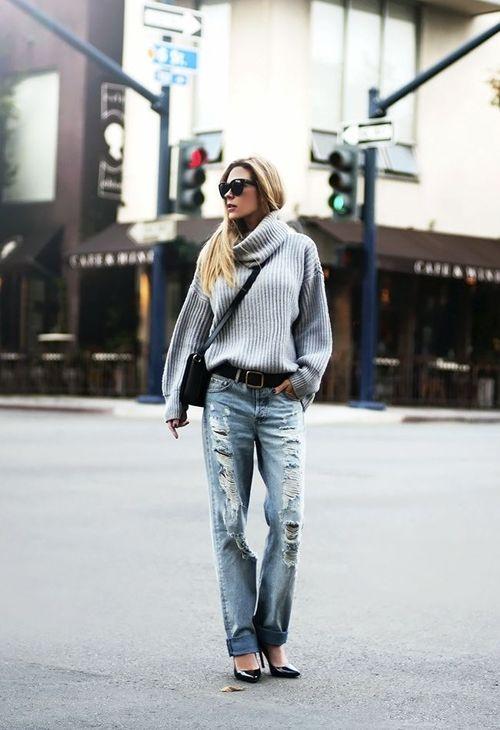 #streetstyle #style #streetfashion #fashion #sweater #knit #knitwear #boyfriendjeans #denim #turtleneck