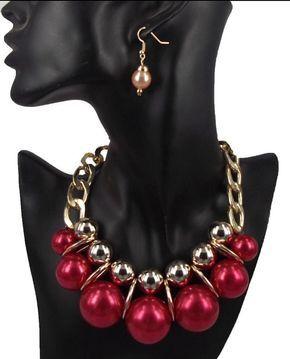 Gargantilla de Perla rojo y aretes por HersheeUniquedesigns en Etsy