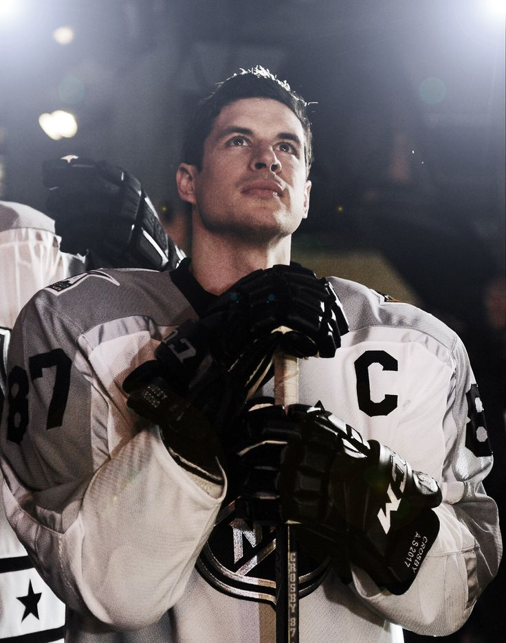Sidney Crosby of the Pittsburgh Penguins