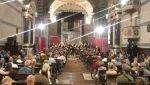Le musiche di George Frideric Handel hanno riecheggiato ieri sera (2 giugno) in una chiesa dei Servi che ha fatto registrare l'ennesimo tutto esaurito: si chiude così trionfalmente, con il concerto per la festa della Repubblica italiana (e l'anniversario dell'incoronazione al trono della Regina d'Inghilterra Elisabetta II) il Festival di Pasqua e Pentecoste, giunto ormai al suo sedicesimo anno di vita