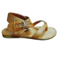 @Overstock.com - Look fabulous in warm weather with these thong sandals for women. Available in three stunning color options and featuring a side buckle, these sandals will complement a dress or skirt nicely. Slightly padded footbeds offer you unsurpassed comfort.http://www.overstock.com/Clothing-Shoes/I-Comfort-Womens-Slouchy-Thong-Sandals/6789468/product.html?CID=214117 $18.52
