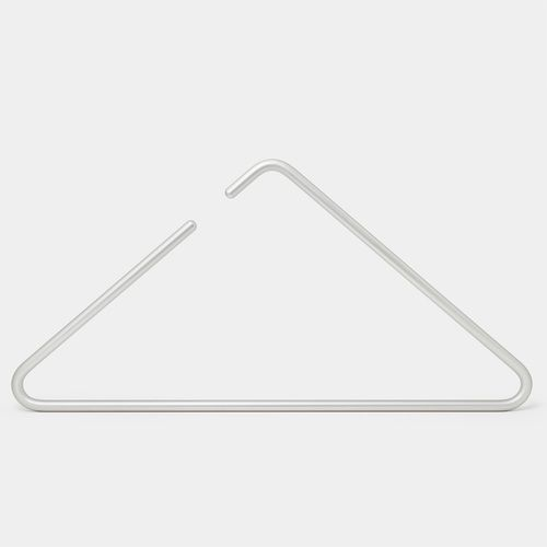 roomsafari-triangle-hanger-silver.jpg