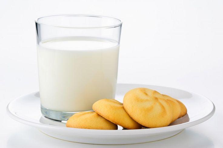 Receita de Biscoitos de Nata (A pedido da Sandra). Biscoitos deliciosos que você poderá servir em qualquer festa. Você pode também fazer para vender.
