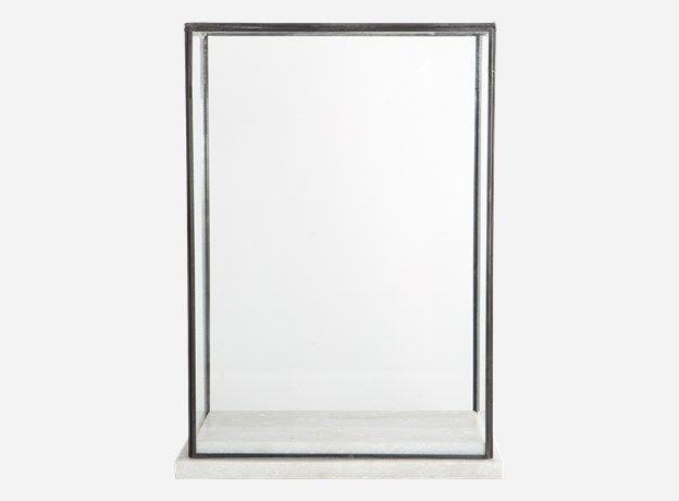 Sp0501 - Showcase, Marbel, 17x28 cm, h.: 38 cm