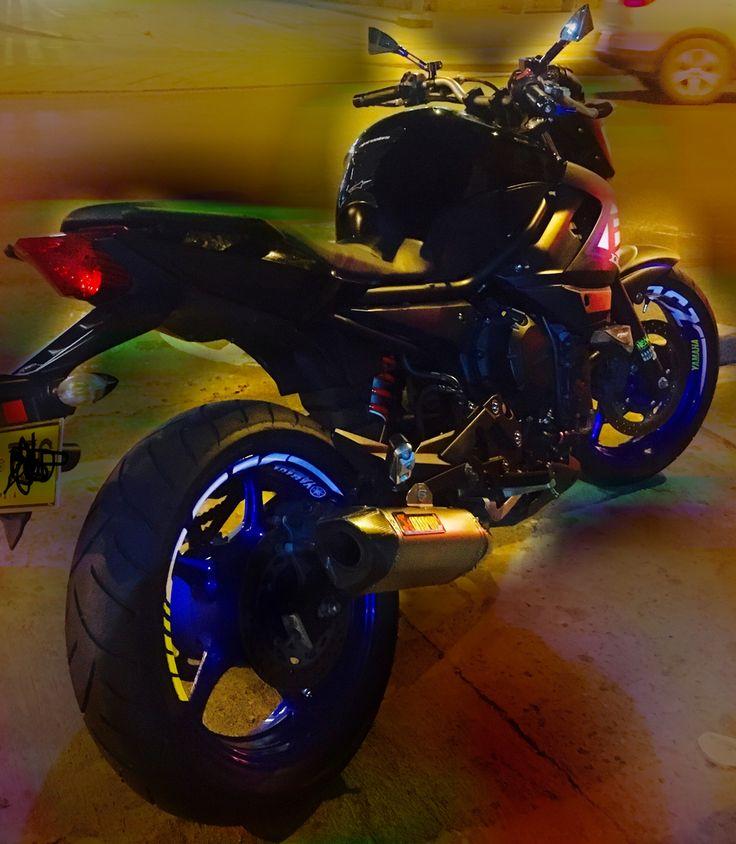 Camerón Yamaha XJ6 Personalizada