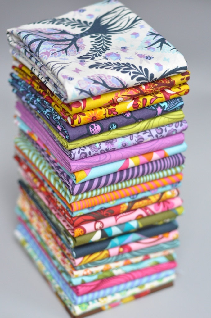 Tula Pink's The Birds and The Bees ... I want them all!
