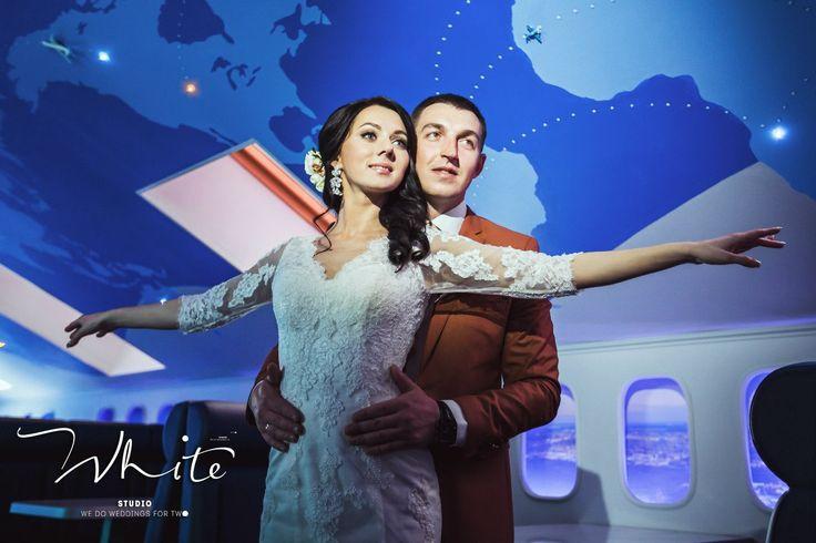 """Любовь, как полет! Она дает нам силы, расправляет невидимые крылья за спиной и вдохновляет на подвиги!  Любите и будьте любимы!  Ваша Студия особенных свадеб """"WHITE""""! 8-961-262-04-90"""