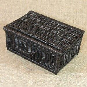 Wiklinowa kasetka dostępna w 8 wymiarach o szerokościach od 25 cm do 60 cm