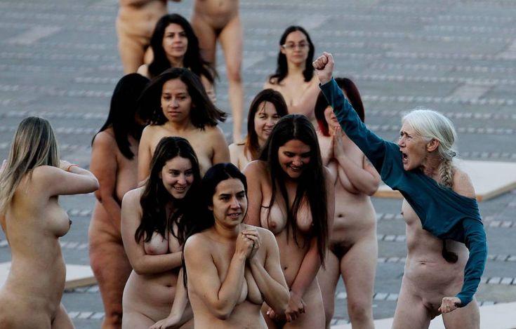 Las mujeres fueron protagonistas de las imágenes de Tunick.