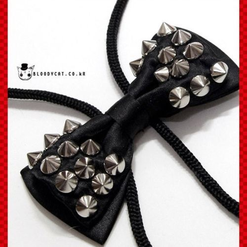 Black Spike Stud Goth Emo Black Bow Tie Pendant Necklace Punk Unisex Bloodycat