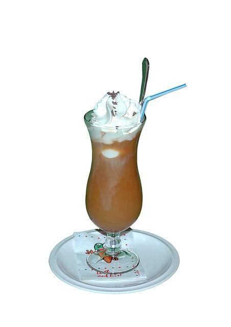 İsviçre Usulü Buzlu Kahve   KAHVEKOLİK