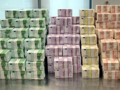 dinero para tren maquina 501 Y LA BESTIA URUAPAN MICHOACAN 2015 VZ FEDERALES POLICIAS GUERRA FINAL