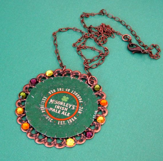 79 best colliers avec des capsules images on pinterest for Beer cap jewelry