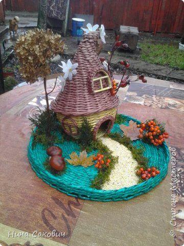 Поделка изделие Плетение поделка в садик Бумага газетная Материал природный Трубочки бумажные фото 2