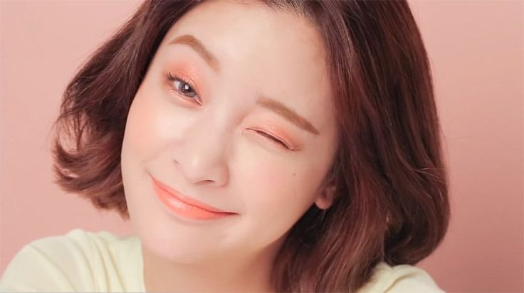 Do you want to learn how to do Korean makeup? Let's take a break from our usual makeup tutorials and celebrate the beauty of Korean makeup today!