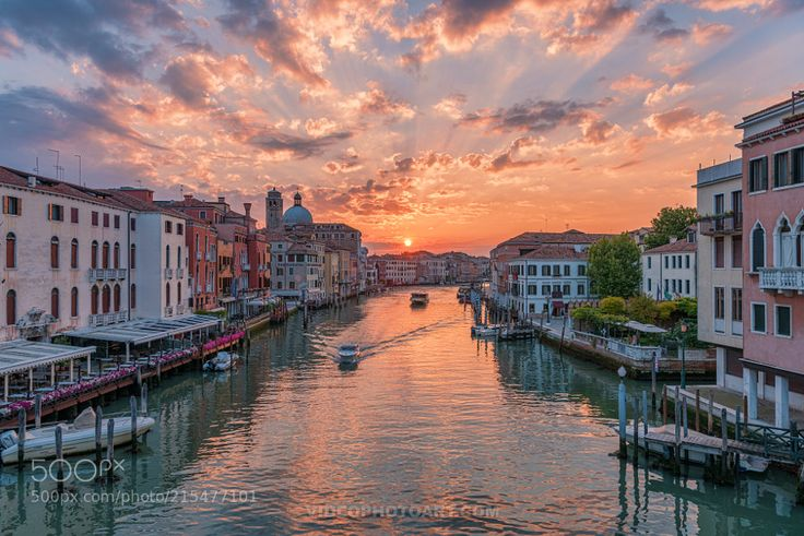 Grand Canal at Sunrise by videophotoart_europe